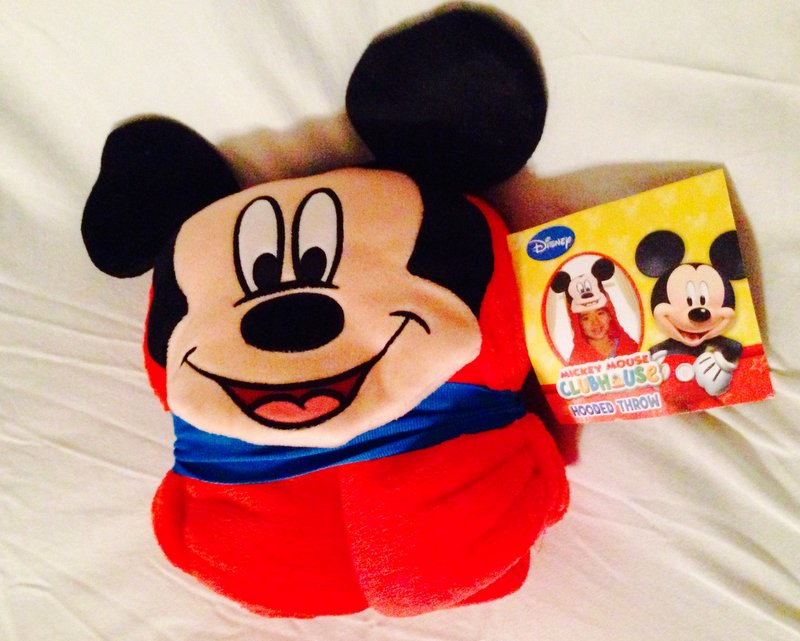 Disney Mickey Mouse Clubhouse Hooded Throw