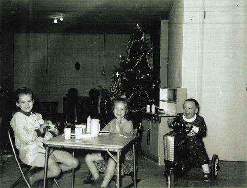 Kid's Christmas in 1960's. For our Grandchildren.