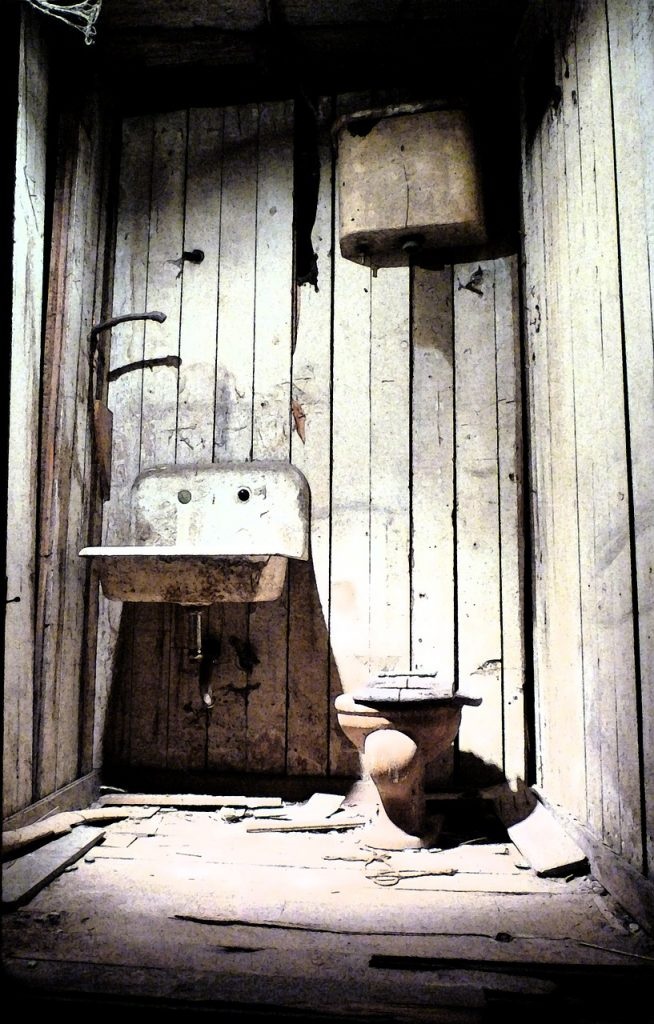 Homes - Toilet Grunge Bathroom Damaged